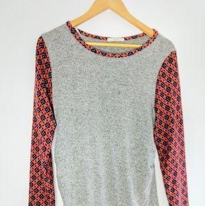Le Lis Patterned Sleeve Soft Tunic